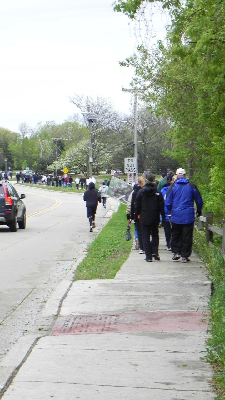Walk To End Brain Tumors Photo